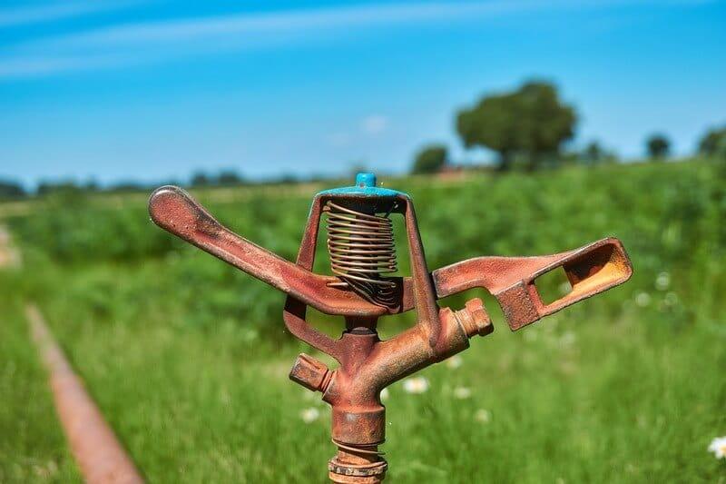 Aspersor para irrigação